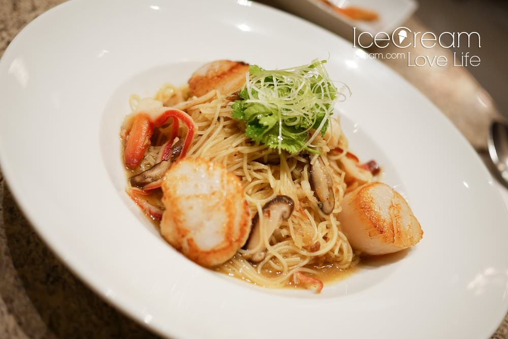 Eslite Tea Room 誠品信義店 情侶約會 可以看的到台北101景觀餐廳 咖啡下午茶套餐